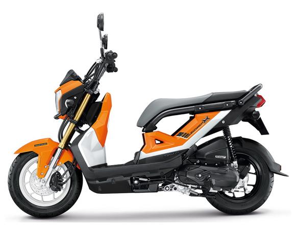 Zoomer-X 2017 สีส้ม-ดำ
