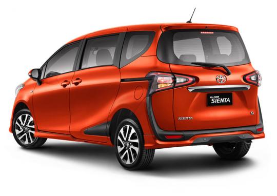 Toyota Sienta 2016-17