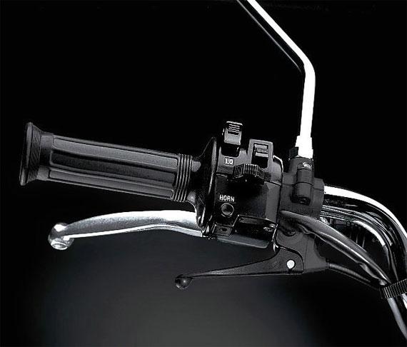 Yamaha SR400 2018