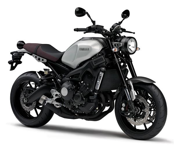 Yamaha XSR900 สีเงิน