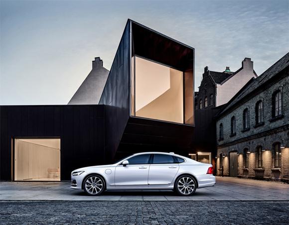 Volvo S90. ตารางผ่อน, ราคา