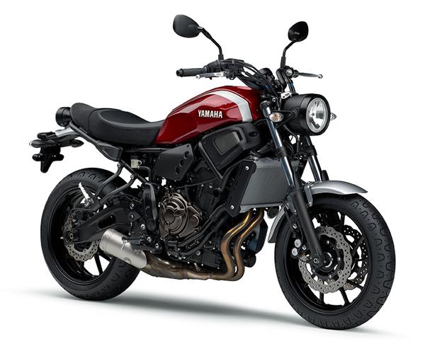 Yamaha XSR700 สีแดง