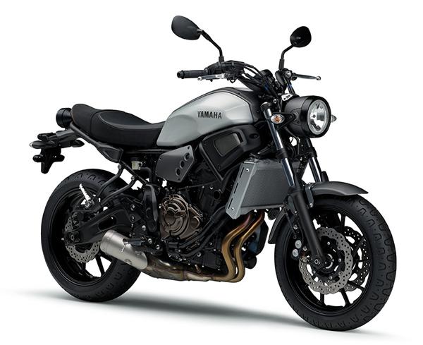 Yamaha XSR700 สีเงิน
