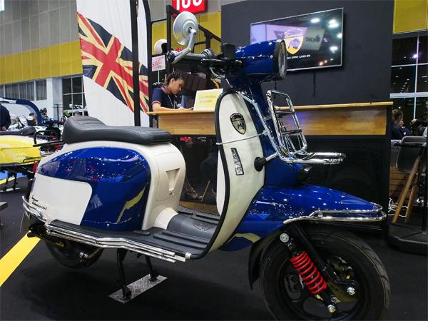 Scomadi TT200 สีน้ำเงิน-ขาว