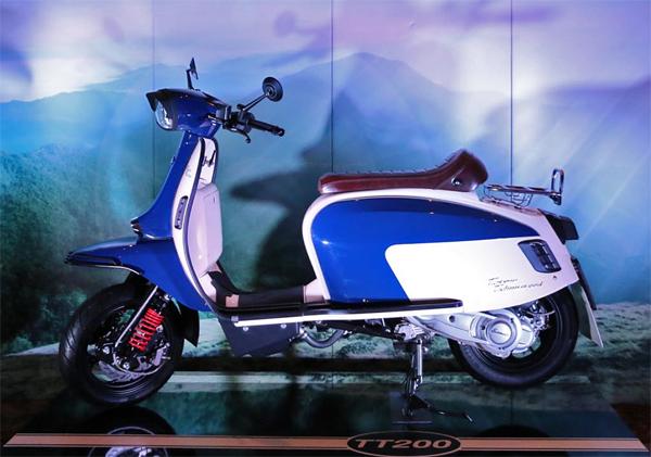 TT200 สีน้ำเงิน-ขาว