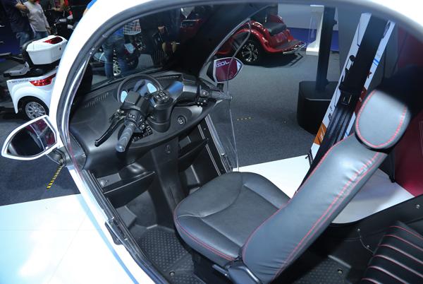 รถสามล้อไฟฟ้า SEV FUTURO