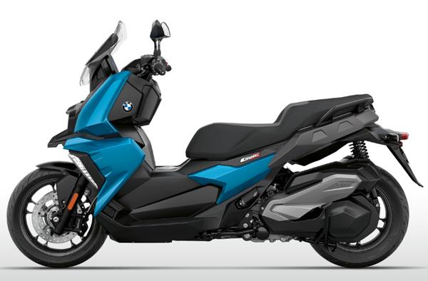 BMW C400X สีน้ำเงิน